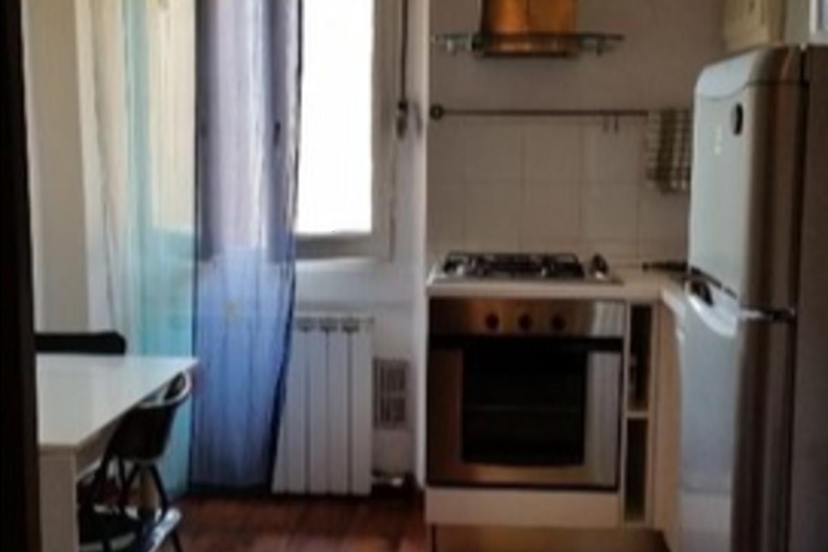 Appartamento via Espinasse in Vendita a Milano