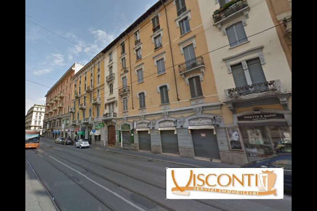 Ampio 5 locali Lima box e posto auto in Vendita a Milano