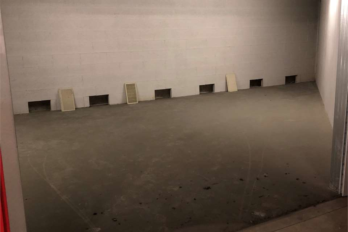 Box doppio viale tibaldi in Vendita a Milano